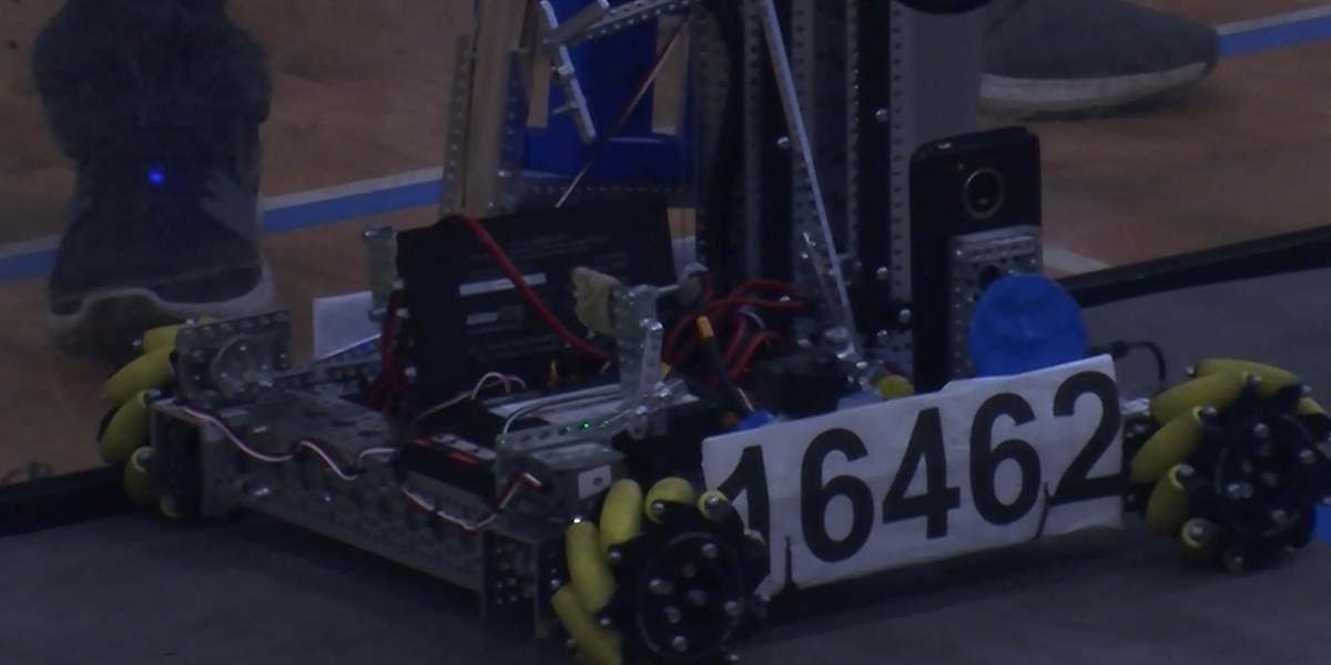Robots clash at First Tech Challenge Charlottesville qualifier