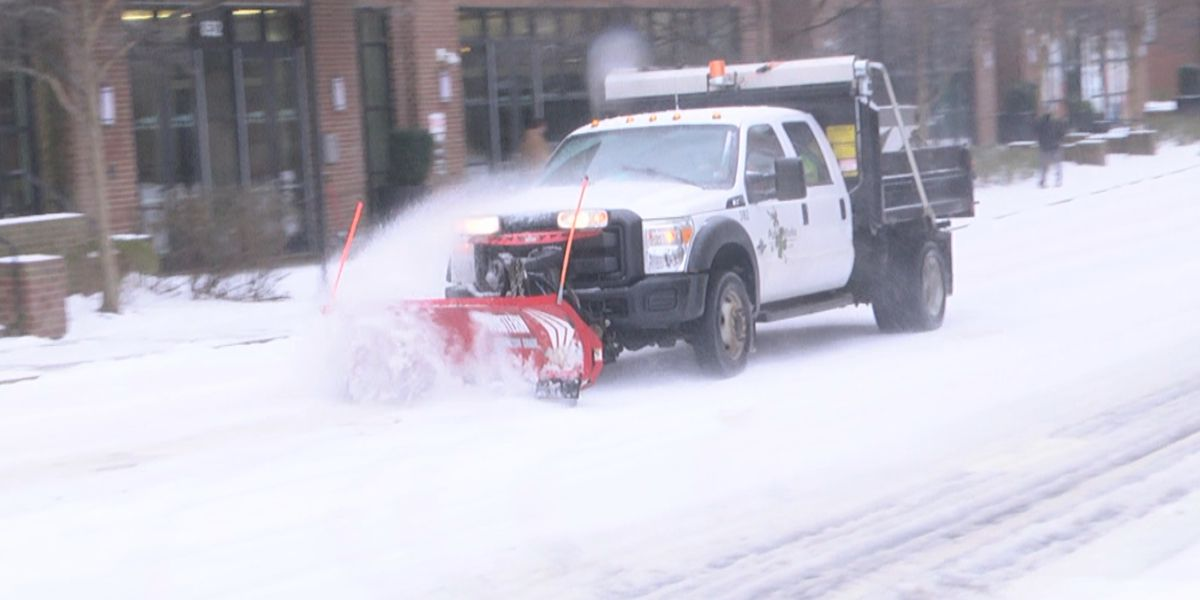 Charlottesville man advocates for snow removal on street corners