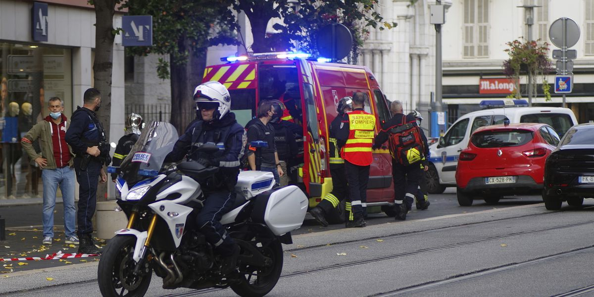 France goes on maximum alert after attack at church kills 3
