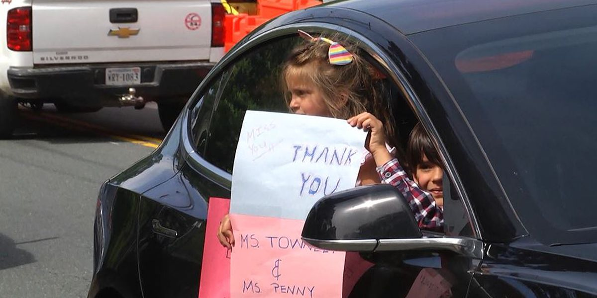 "Charlottesville Day School celebrates students with ""driving parade"""
