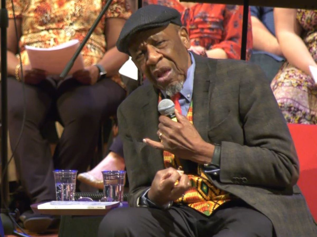 Civil rights activist discusses faith and humility to hundreds in Charlottesville