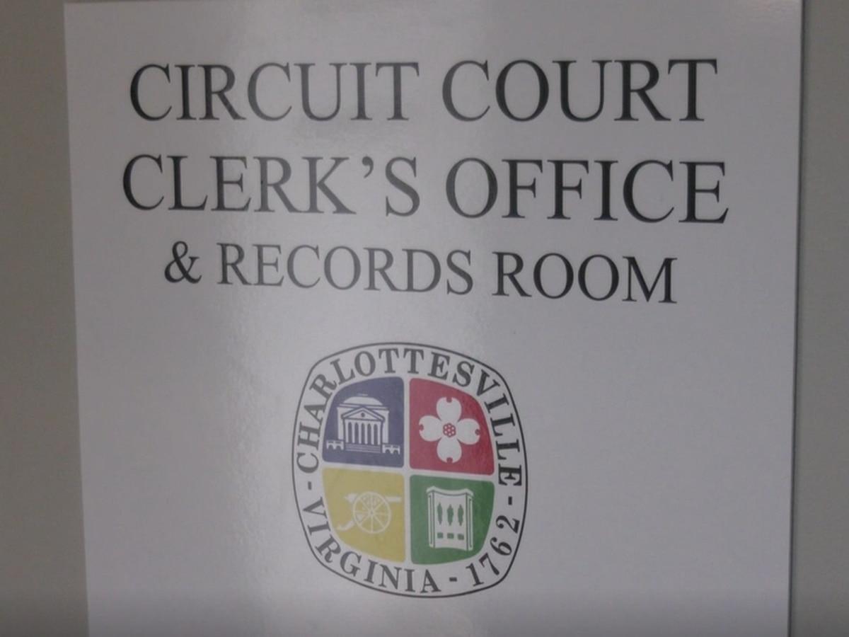 Charlottesville Circuit Court Clerk's Office to remain limited to appointment only