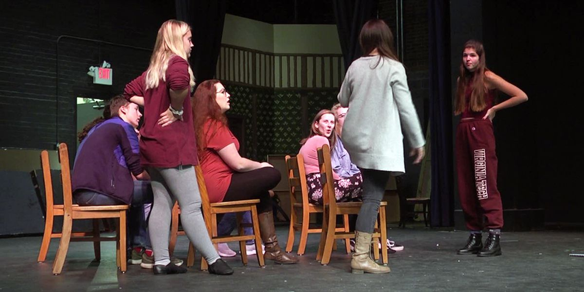 Shenandoah Valley Governor's School theatre class takes on 'The Hello Girls'