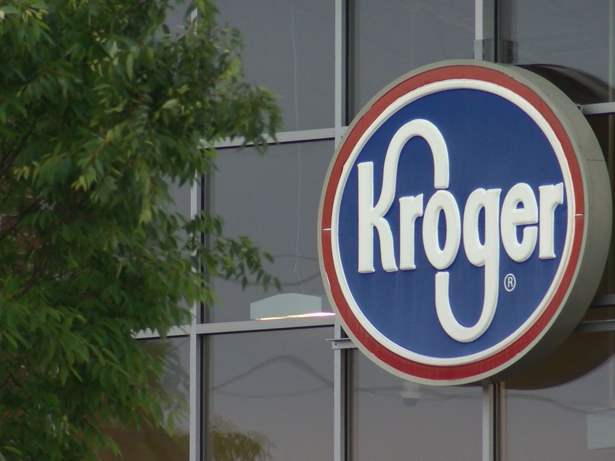Kroger stores will continue mask requirement