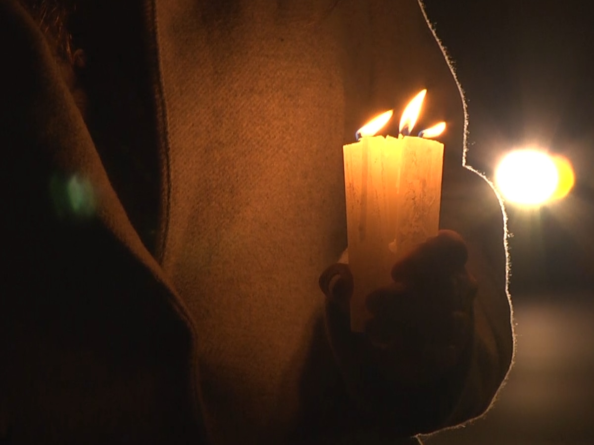 Vigil held in honor of Ruth Bader Ginsburg in downtown Charlottesville