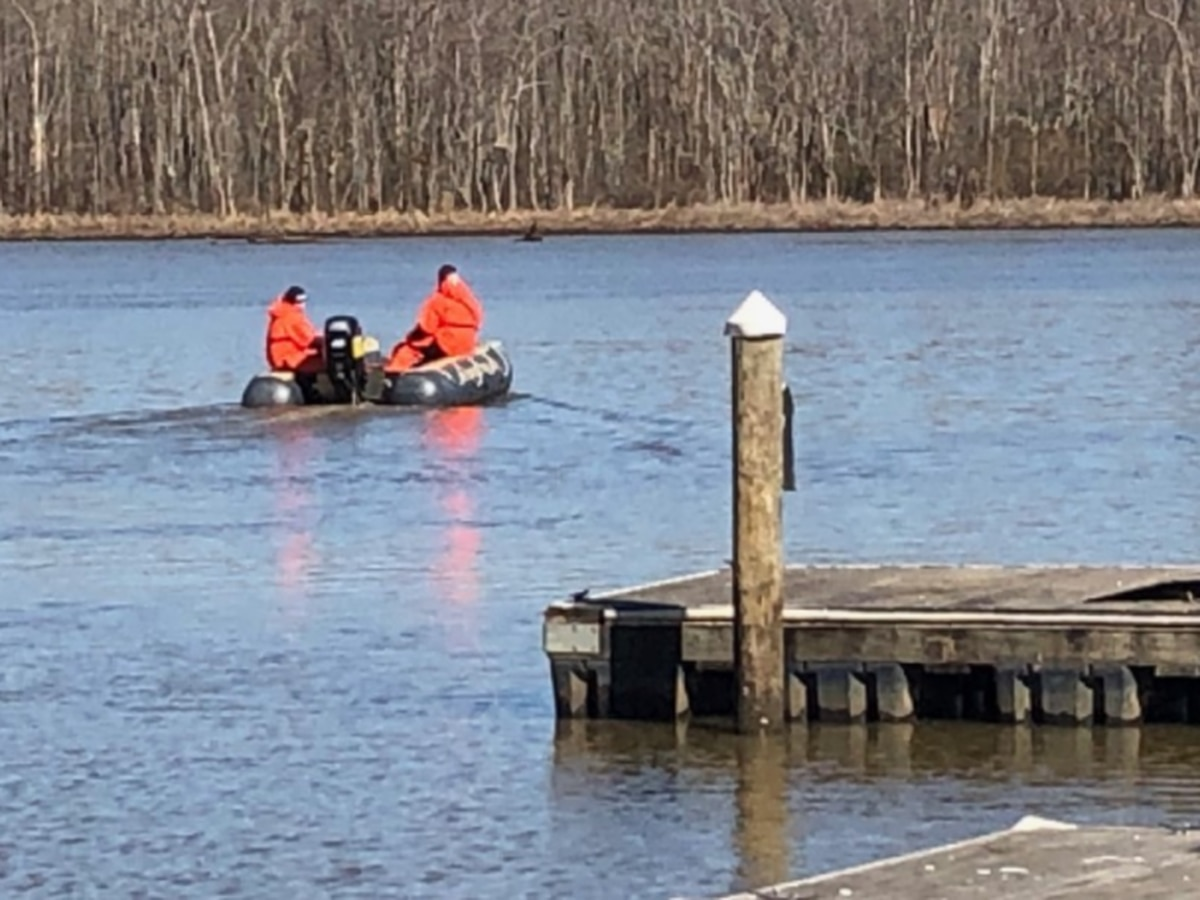 Crews recover missing kayaker's body near Hopewell Marina