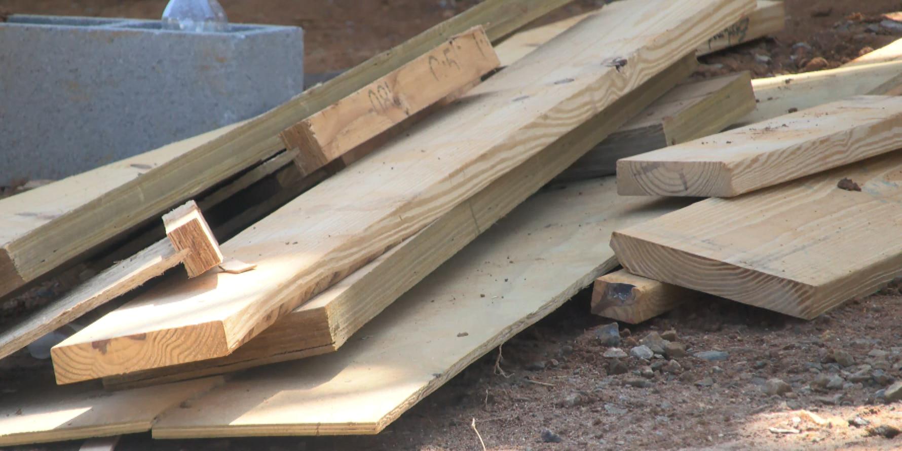 Lumber prices skyrocket during pandemic, metro-Richmond feeling impacts