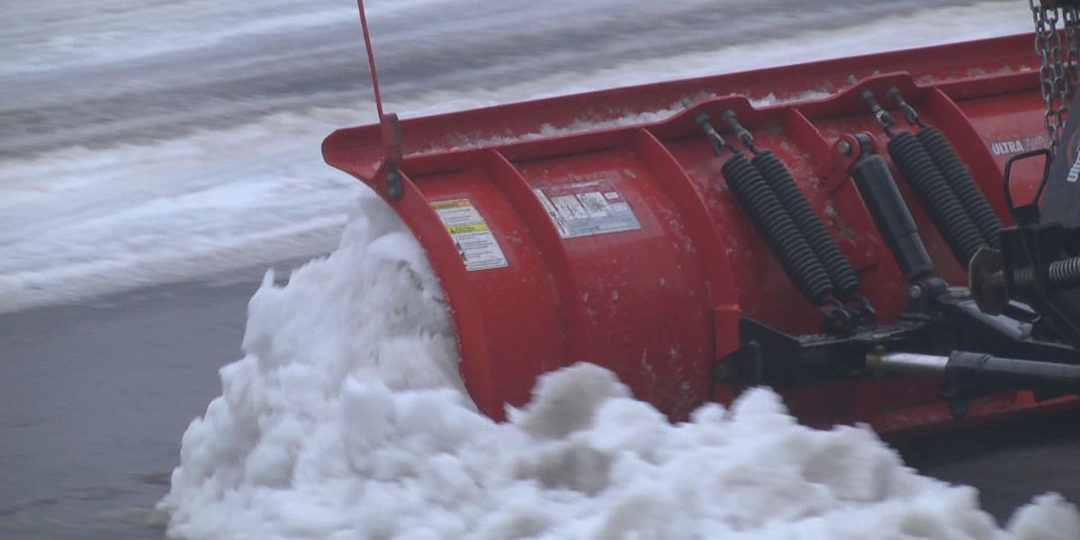 Charlottesville Public Works crews working overnight to clear roadways