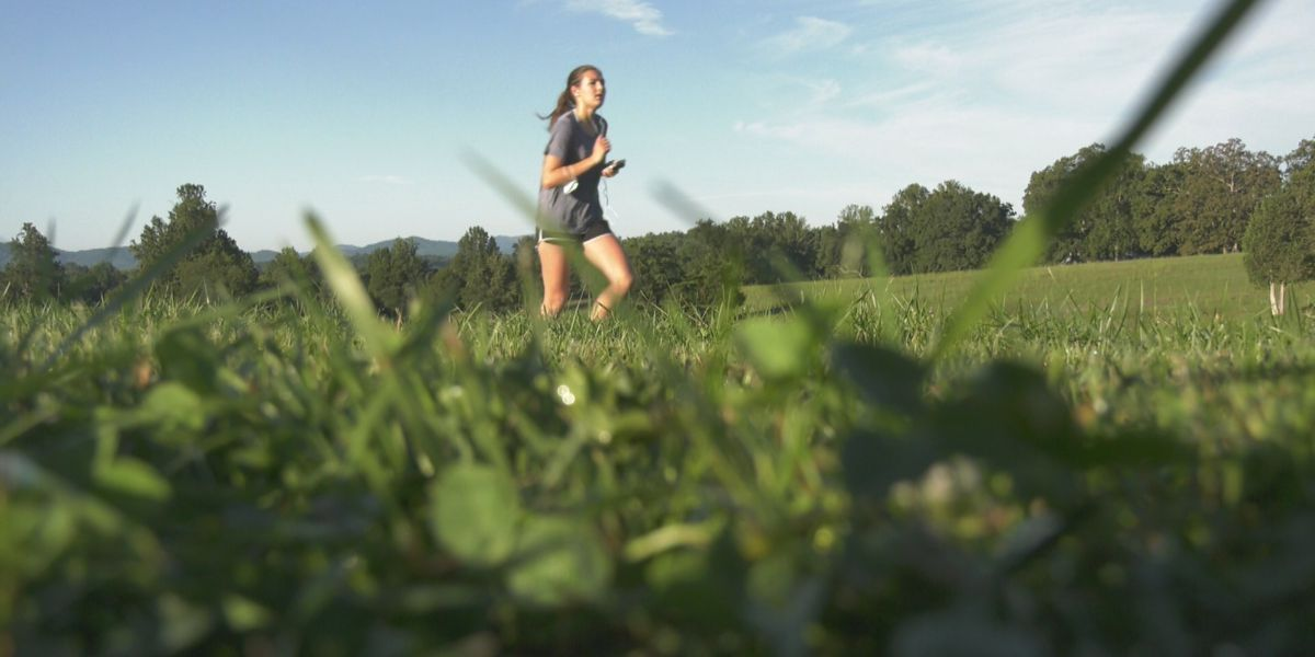 Charlottesville Women's 4 Miler is held with social distancing guidelines in place