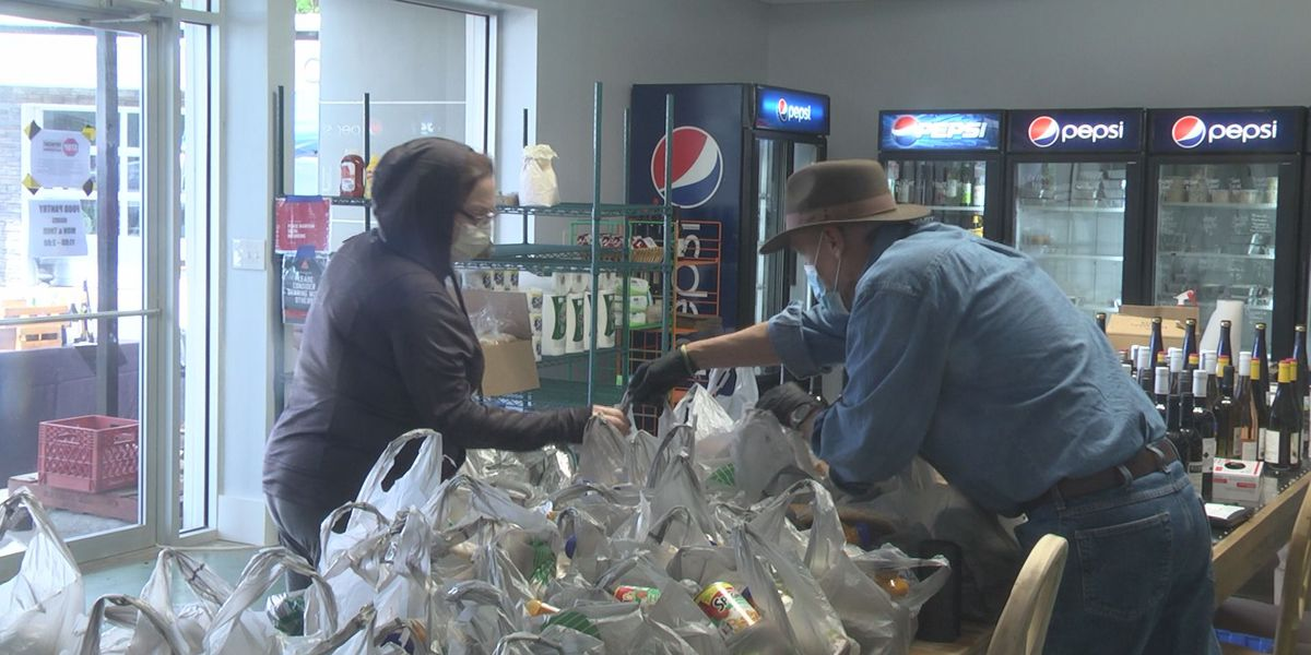 Food pantry in Charlottesville continues to feed restaurant employees out of work