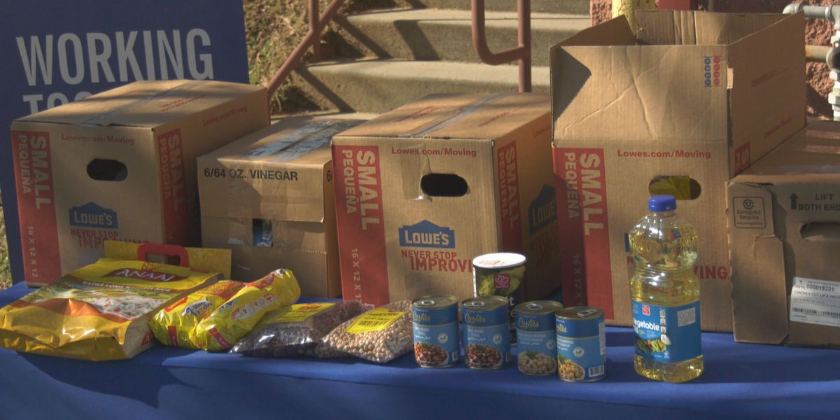 Islamic Society of Central Virginia holds food distribution event