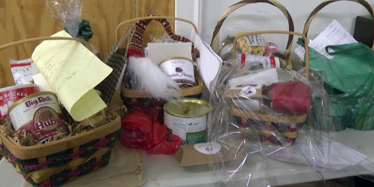 Charlottesville businesses stay busy with last minute holiday purchases