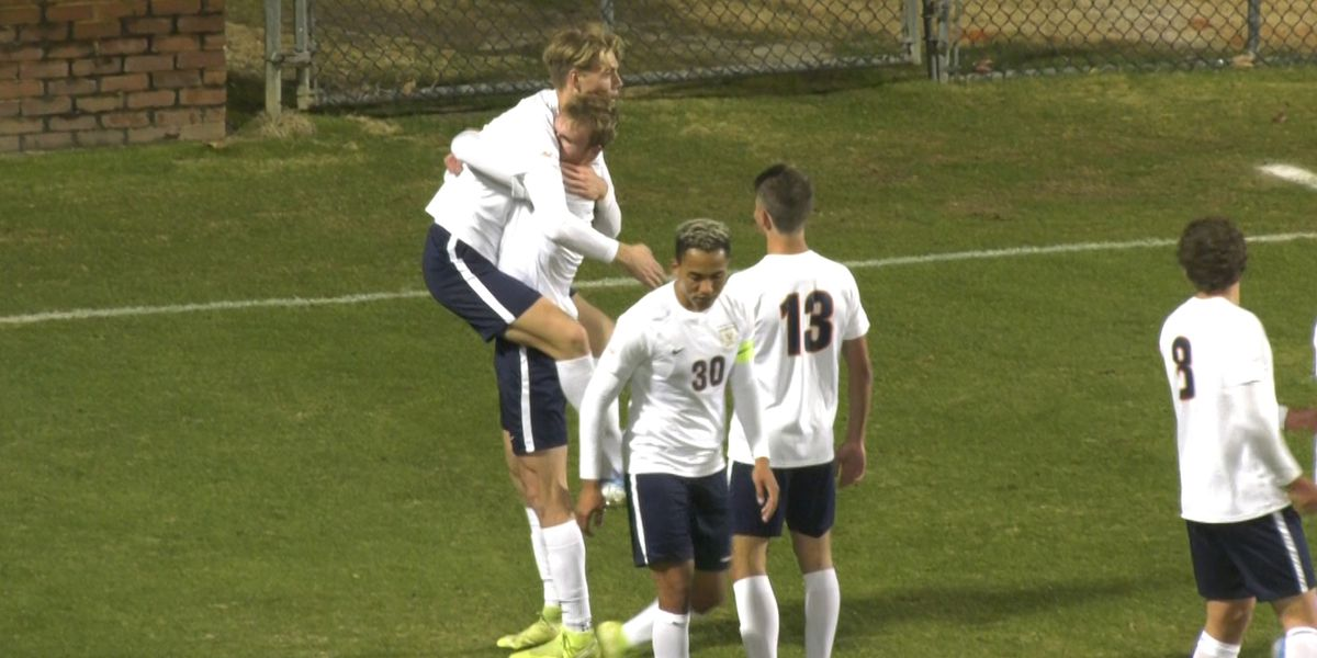 No. 1 UVa Men's Soccer beats St. John's 3-0 to advance to NCAA Quarterfinals