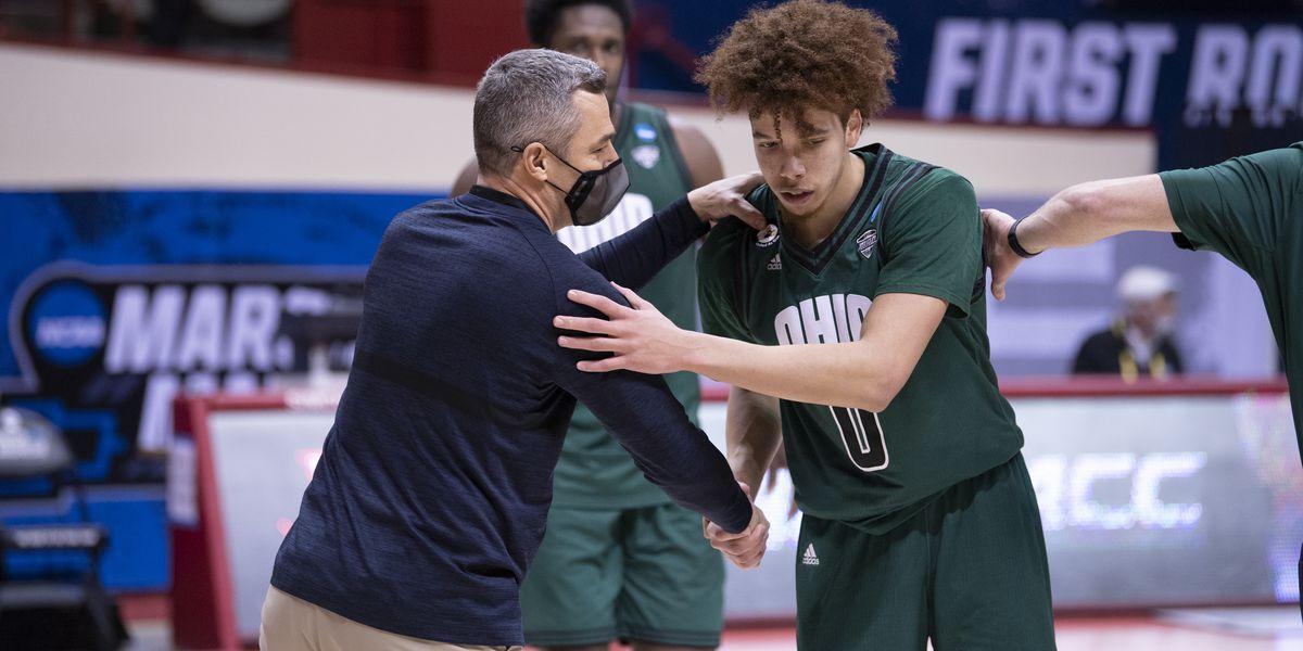 13-seed Ohio upsets 4-seed Virginia 62-58 in NCAA Tournament