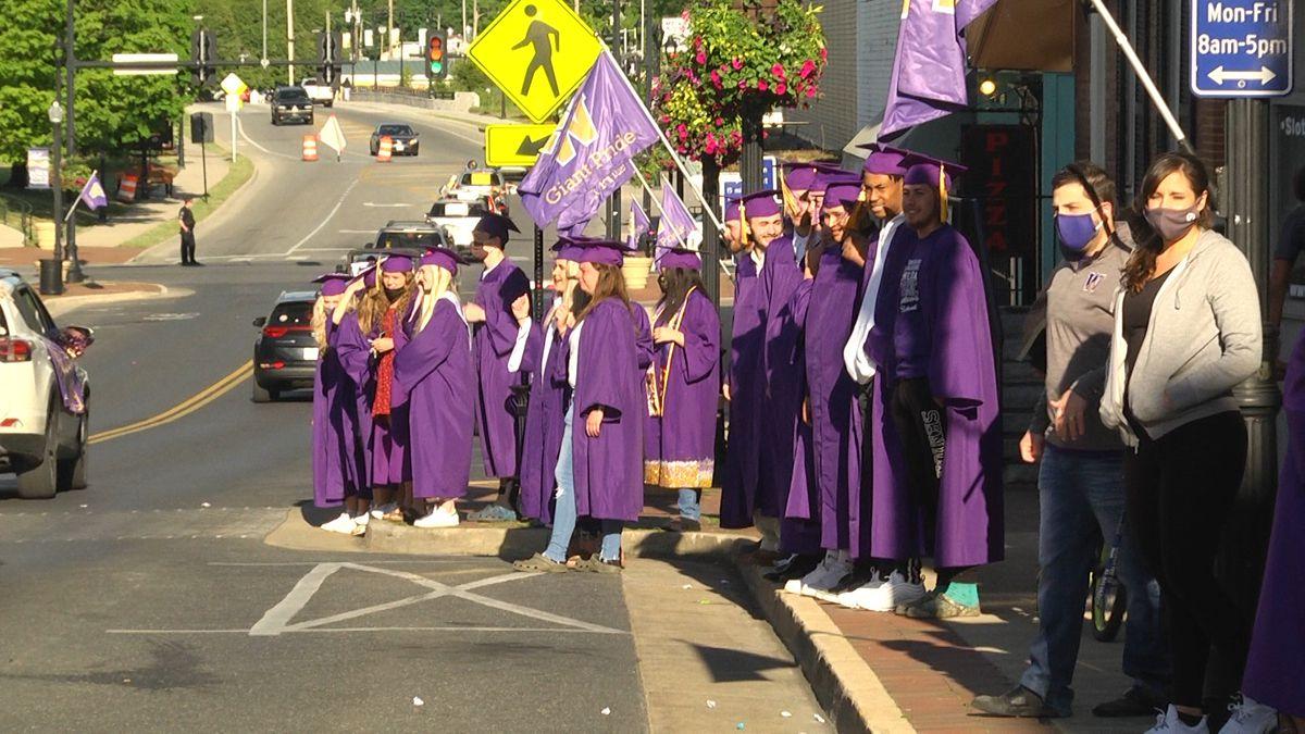 Waynesboro High School and families celebrate graduating seniors with parade