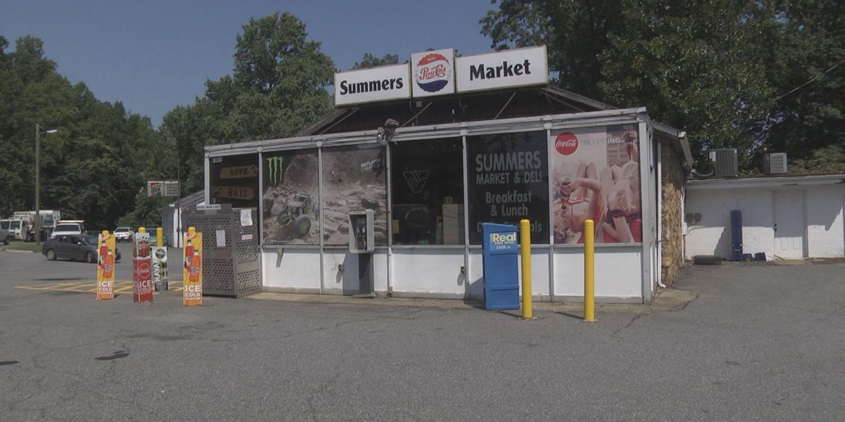 Fire investigation underway at Summers Market in Albemarle Co.
