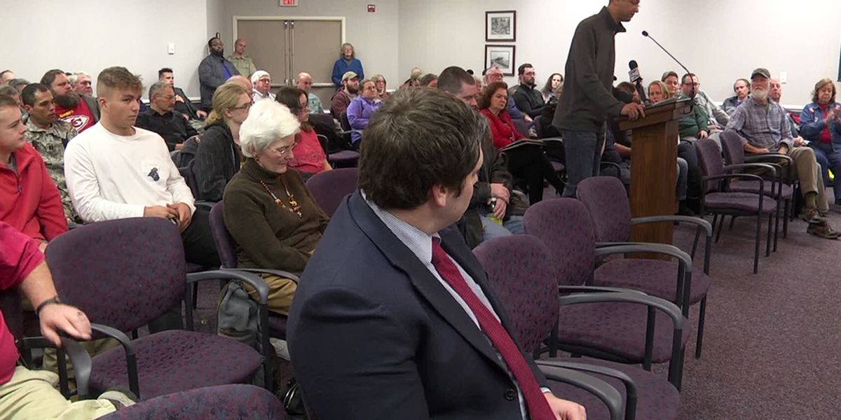 Waynesboro community speaks about Second Amendment concerns during council meeting