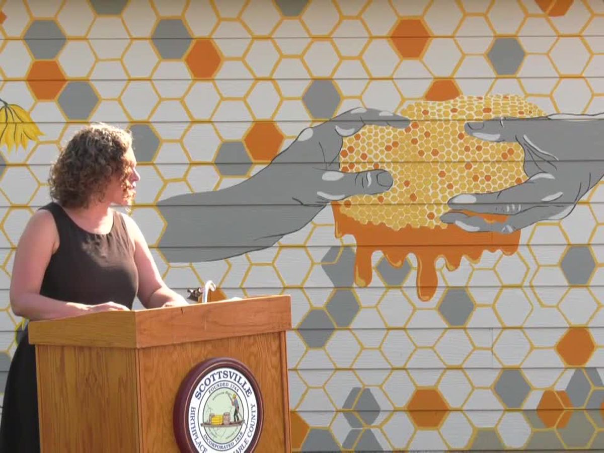 Scottsville dedicates new mural celebrating its status as pollinator city