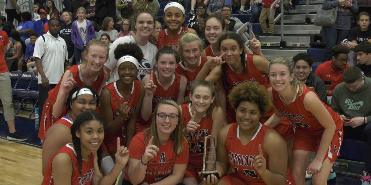 Holiday Hoops Classic - Championship Round scores & highlights