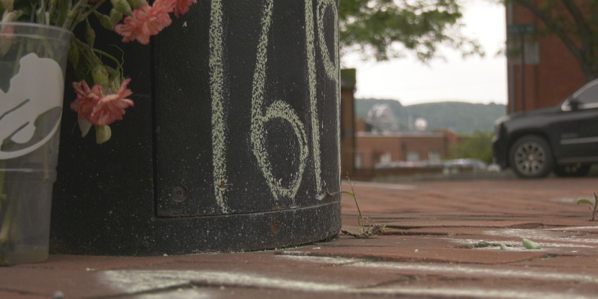 Charlottesville artist remembers slave auction block in Court Square