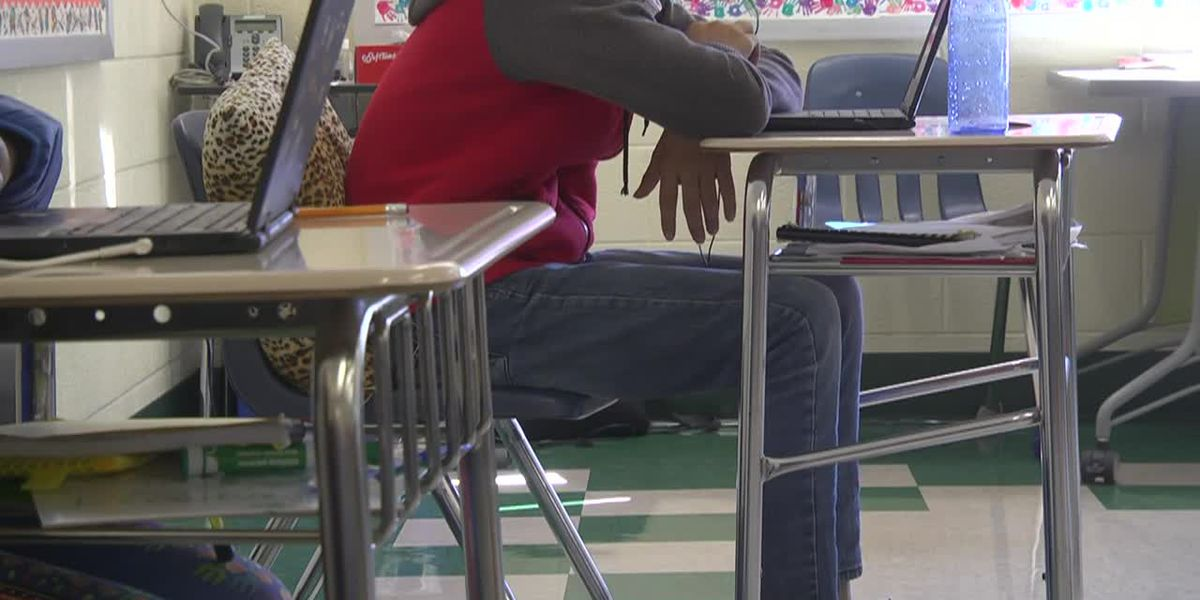 Some Albemarle County students return to classroom as COVID-19 numbers continue to rise