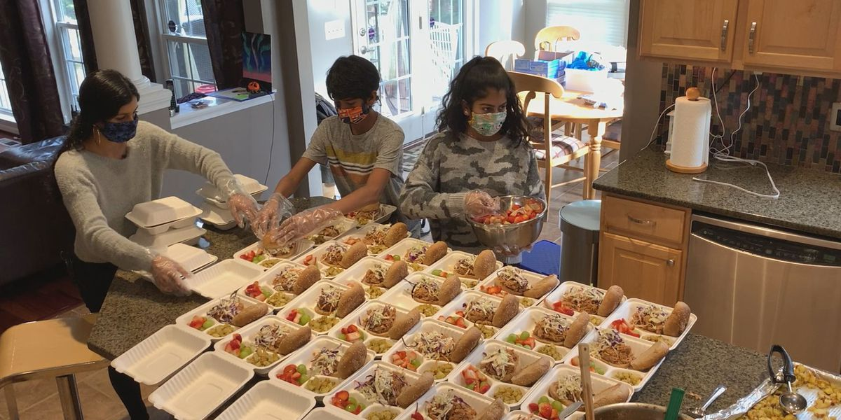 Charlottesville teenager leads family effort to provide home cooked meals for city's homeless community