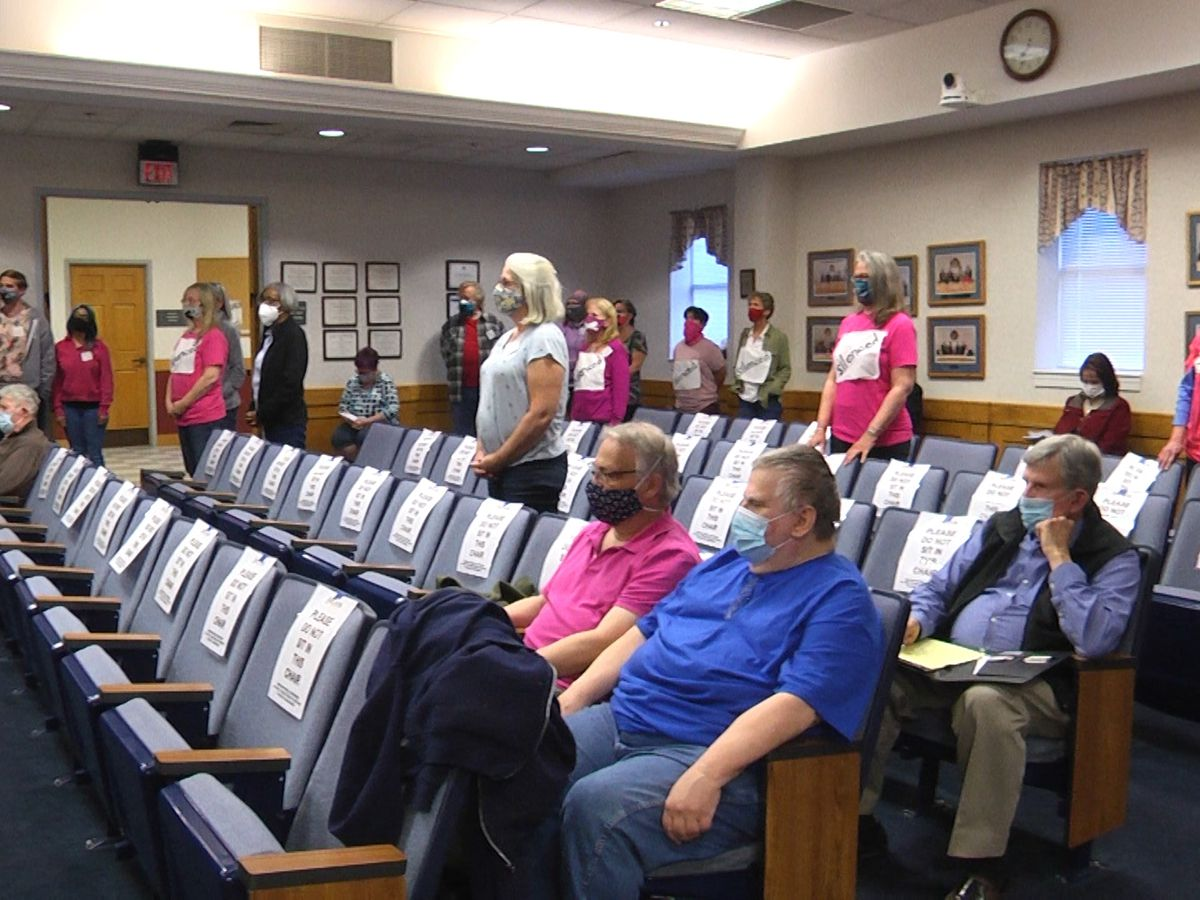 In 4-3 vote, Staunton City Council shoots down public's ability to call in, for now