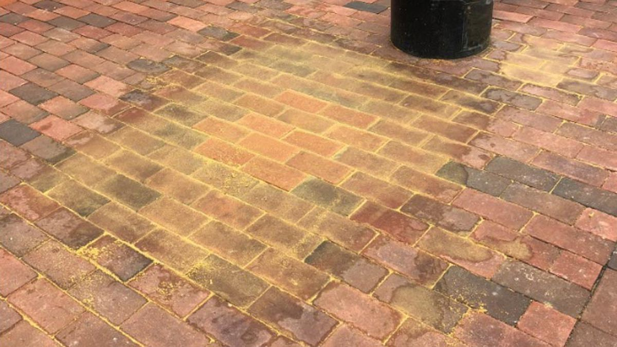Charlottesville fills in space of stolen slave block plaque