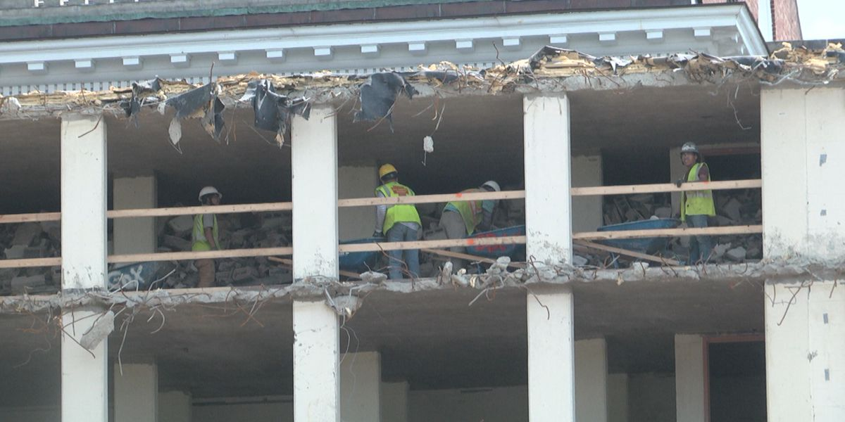 University of Virginia Alderman Library demolition continues with sustainability in mind