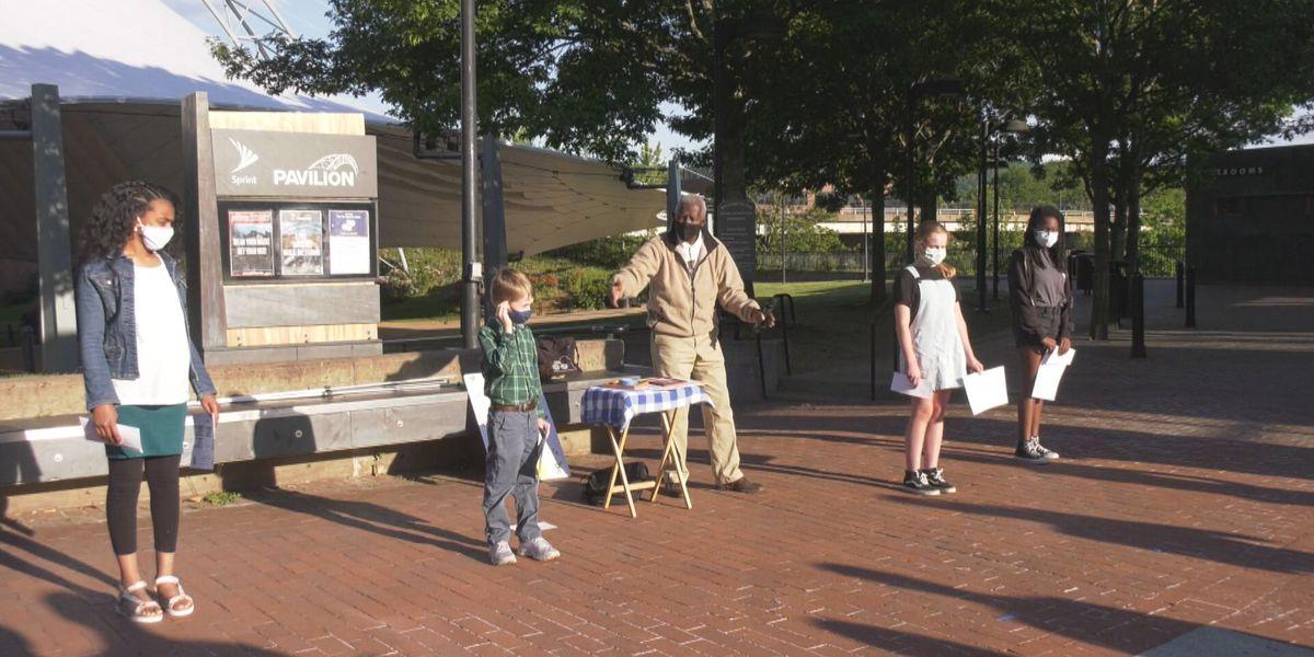 "Mr. Alex-Zan's ""My Help List"" contest awards 4 Charlottesville-area students $100 each"