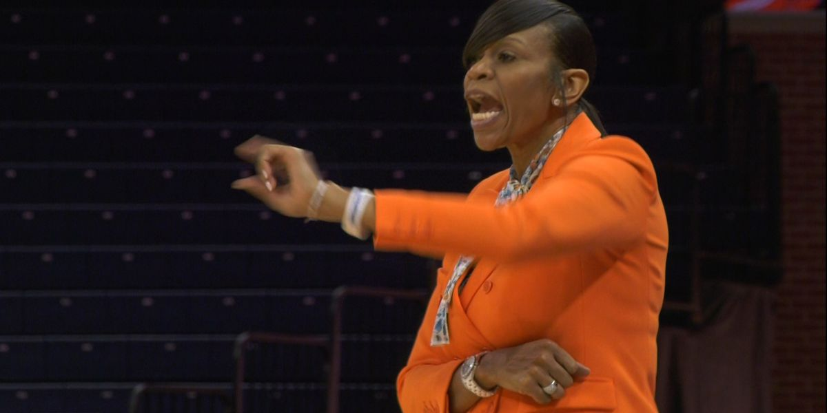 UVA women's basketball postpones game with #2 Louisville due to COVID-19 issues