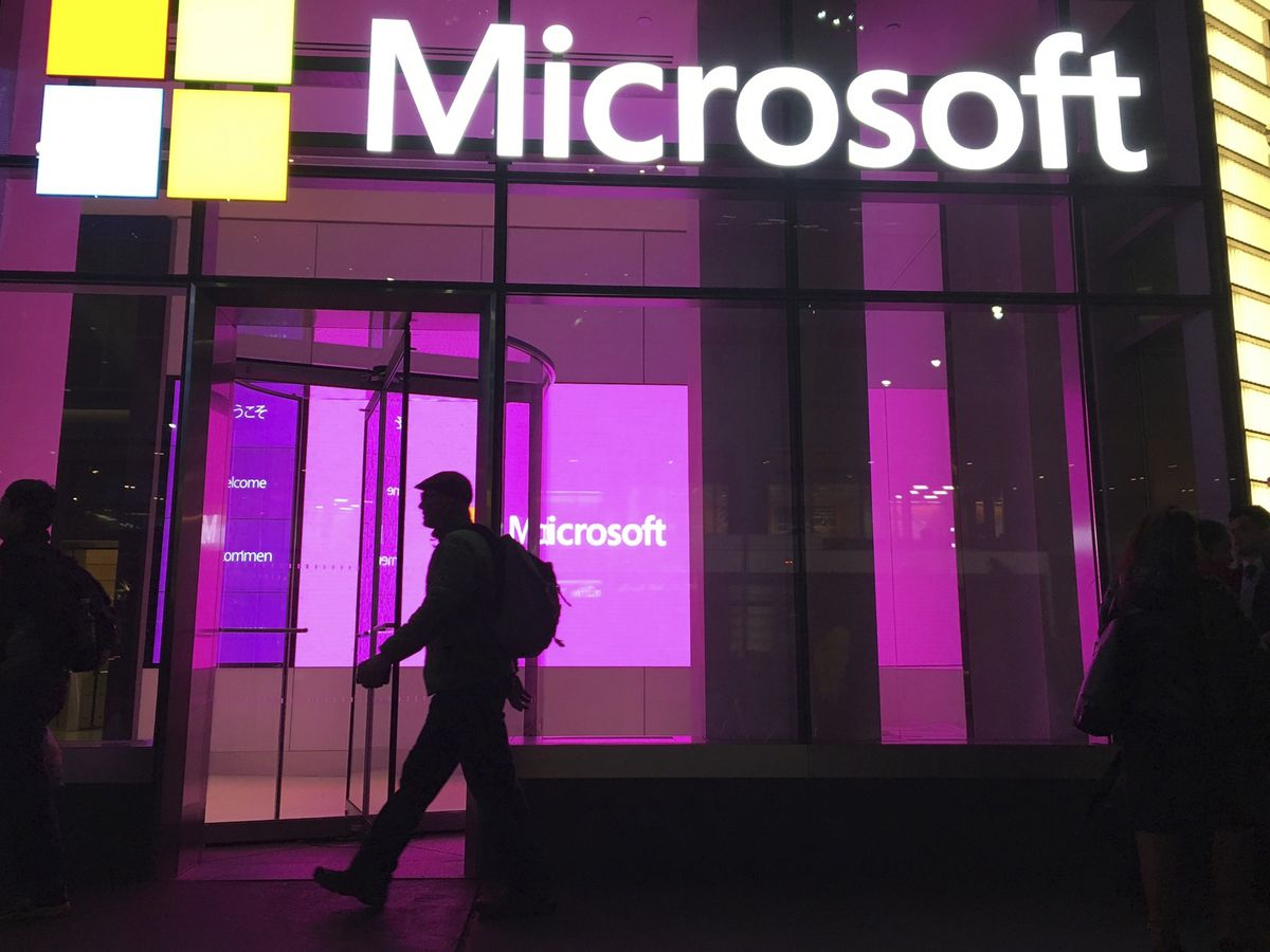 Microsoft server hack has victims hustling to stop intruders