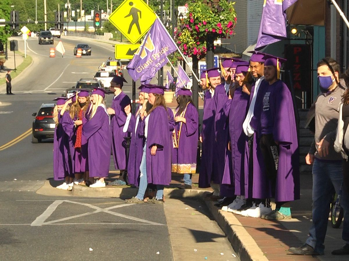 Waynesboro High School and families celebrate graduating seniors with parade