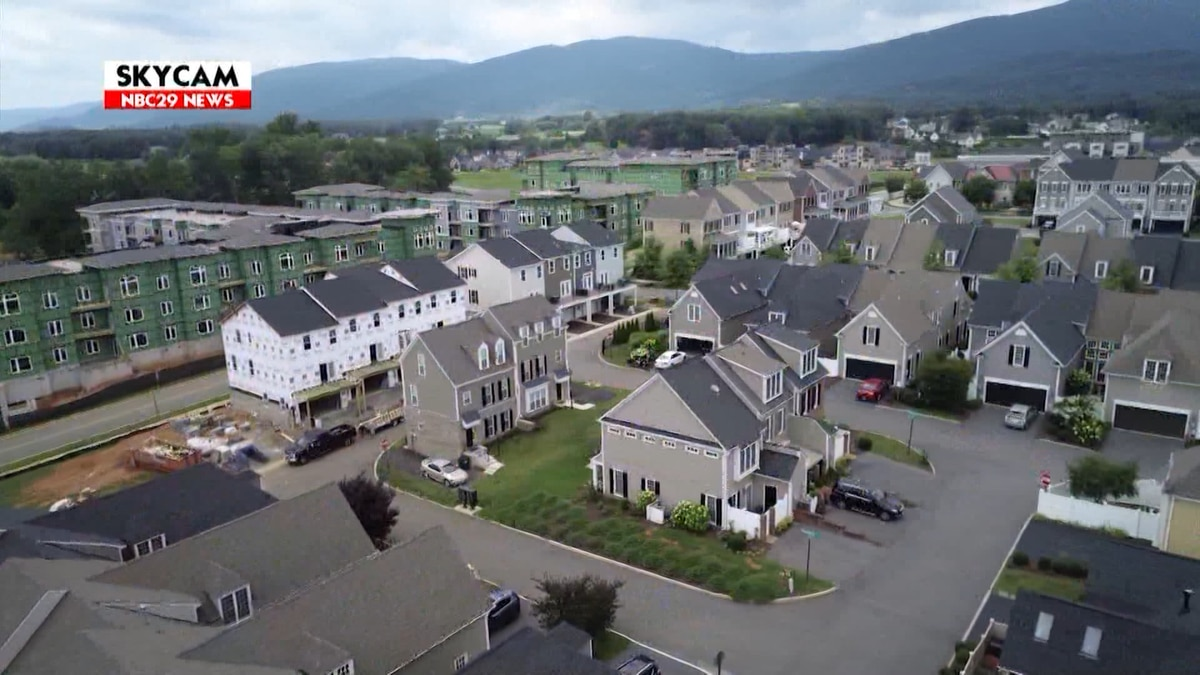 Crozet Advisory Committee discusses master plan, residential rezoning