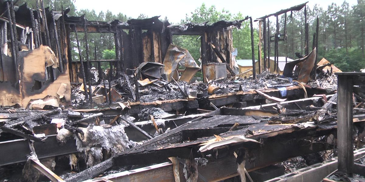Scottsville community rallies around family after house fire