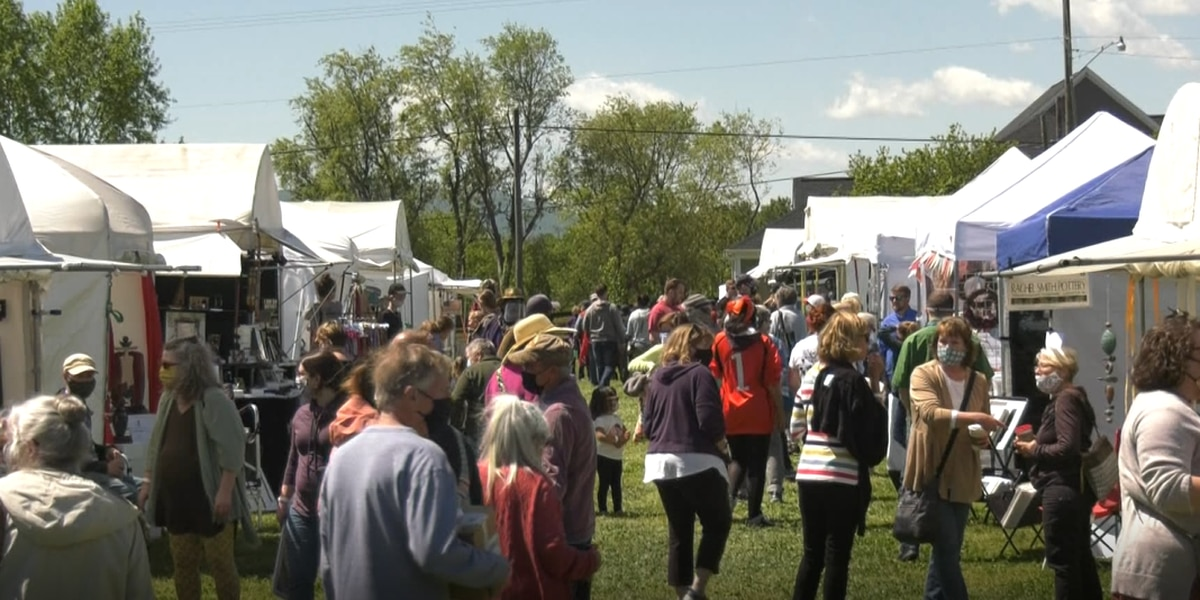 Hundreds come out to Crozet Arts and Crafts Festival