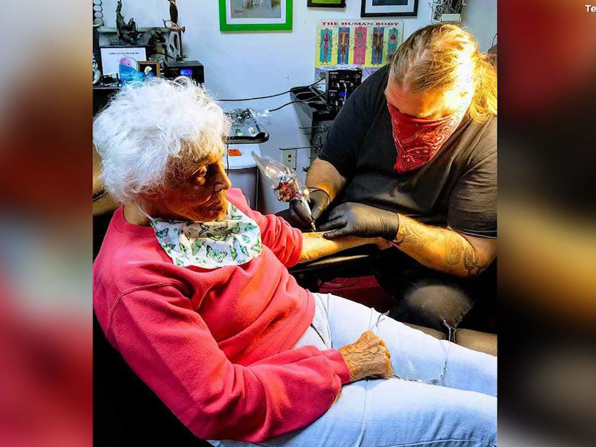 103-year-old woman gets her first tattoo after COVID-19 lockdown