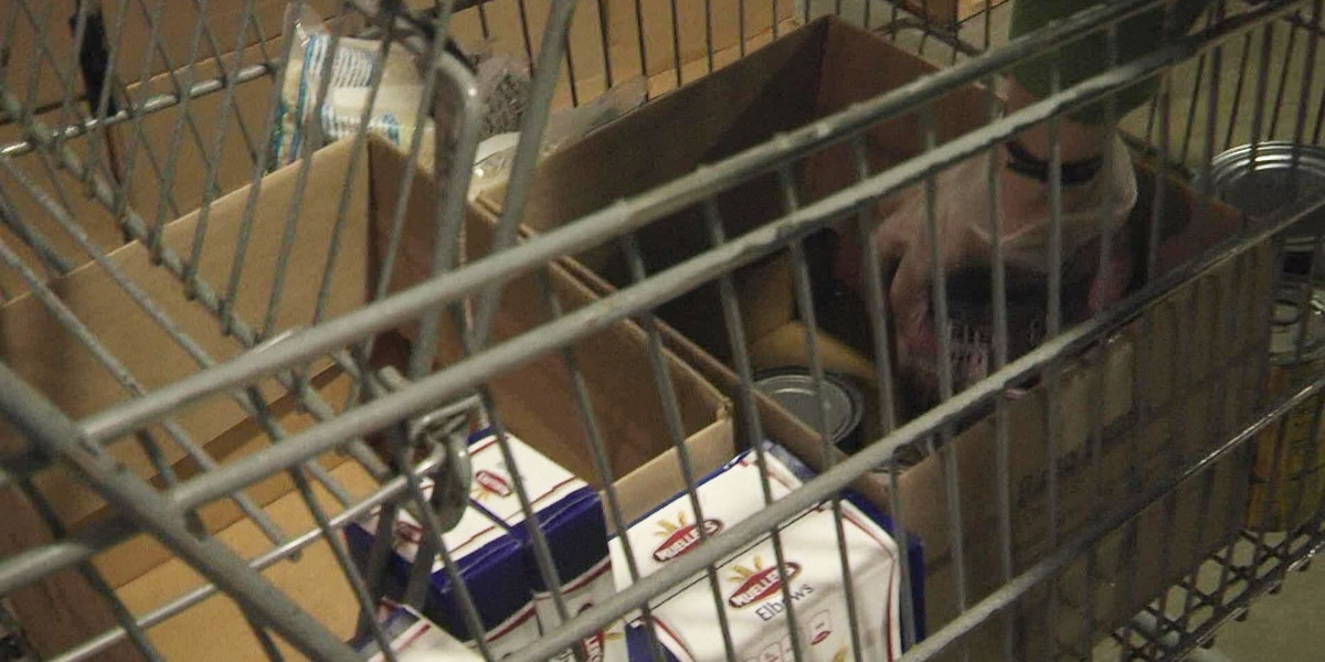 Verona Community Food Pantry changes business to protect volunteers and clients