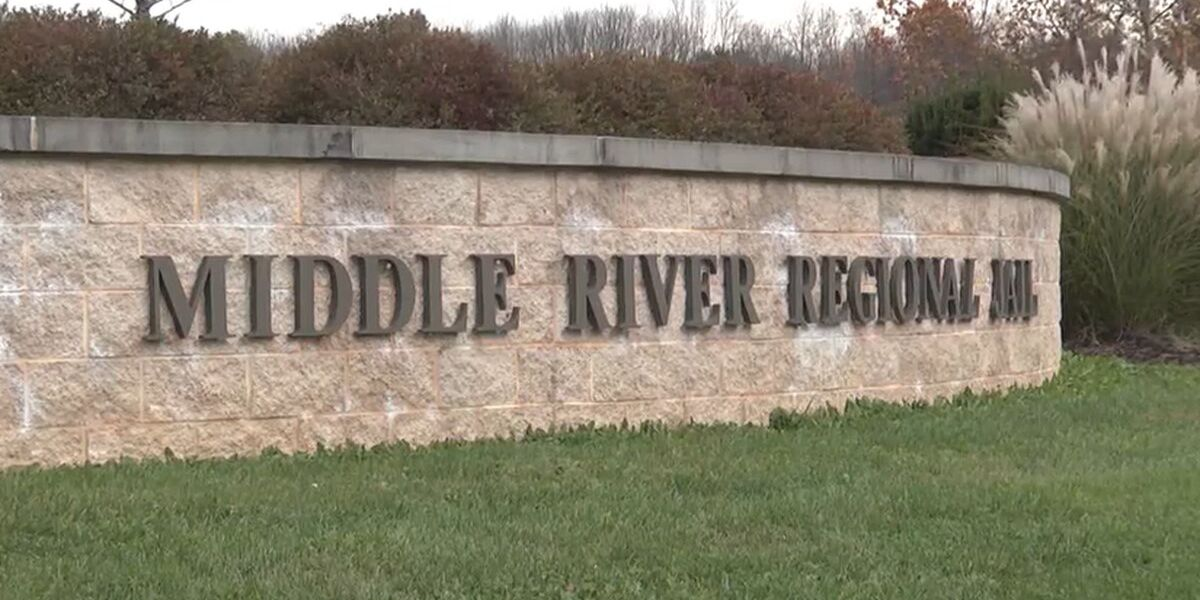 Middle River Regional Jail inmates offered COVID-19 vaccine