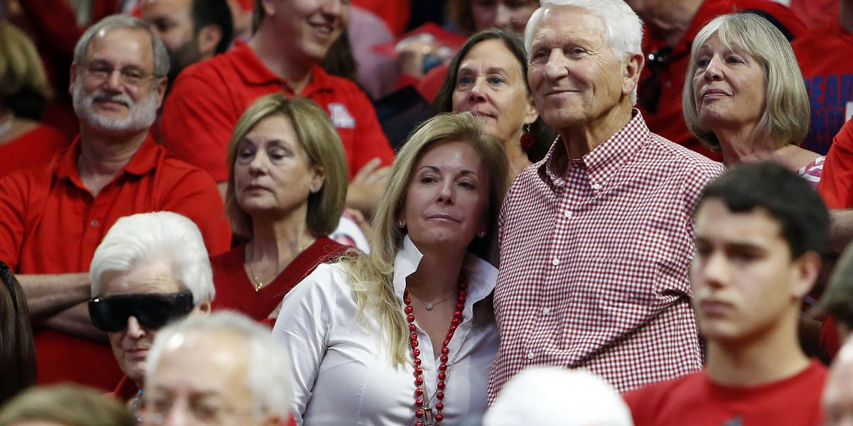Lute Olson, Hall of Fame coach, Arizona icon, dies at 85