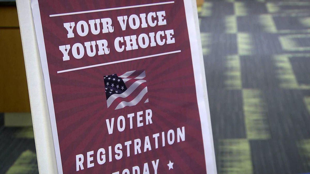 Virginia absentee voting set to begin for Democratic primary