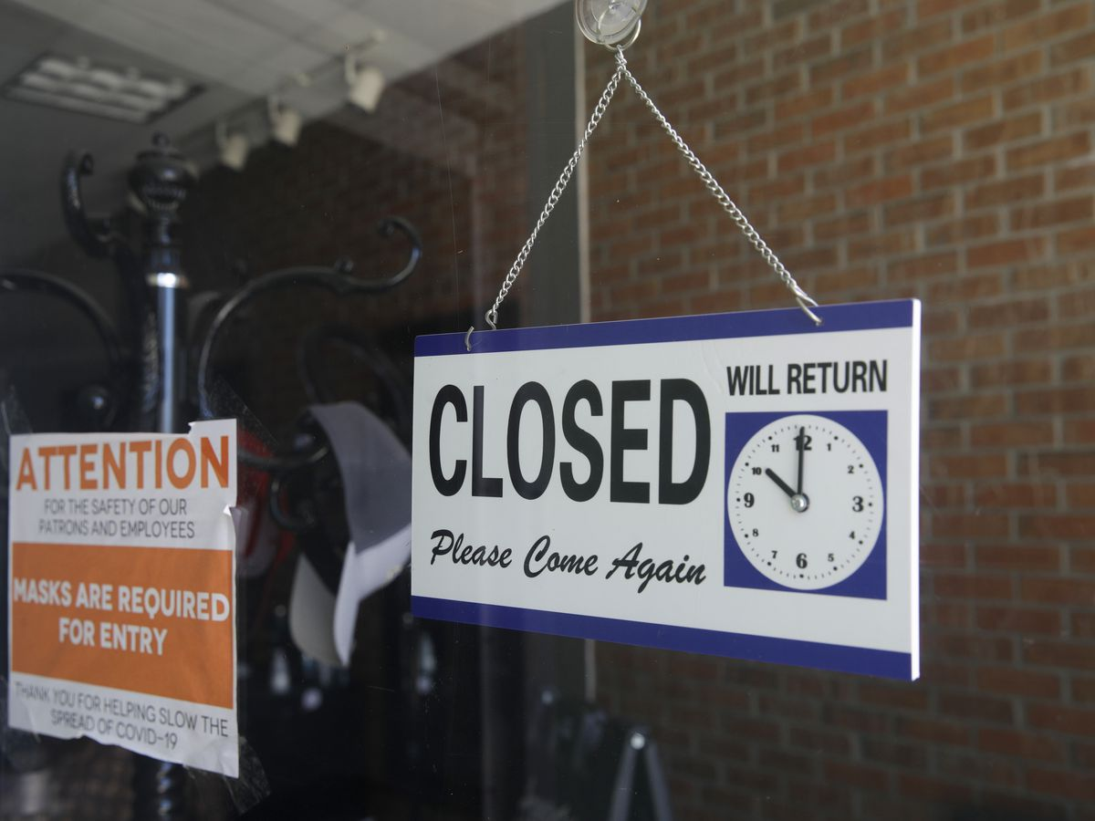 US layoffs remain elevated as 837,000 seek jobless aid