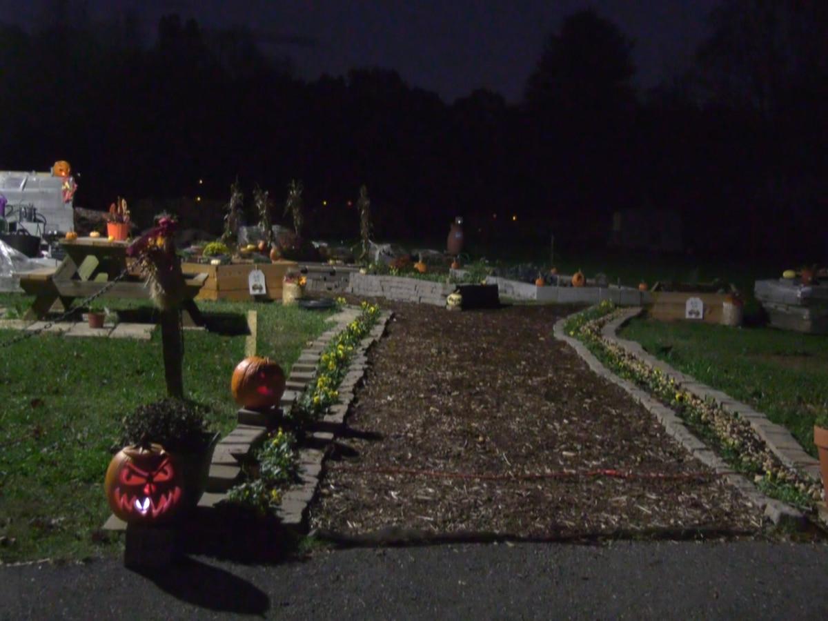 Yancey Community Center hosts drive thru pumpkin glow in the dark display
